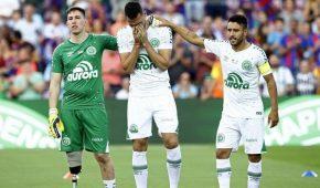 """Συγκίνηση στο """"Camp Nou"""" για τη Σαπεκοένσε (pics + vids)"""